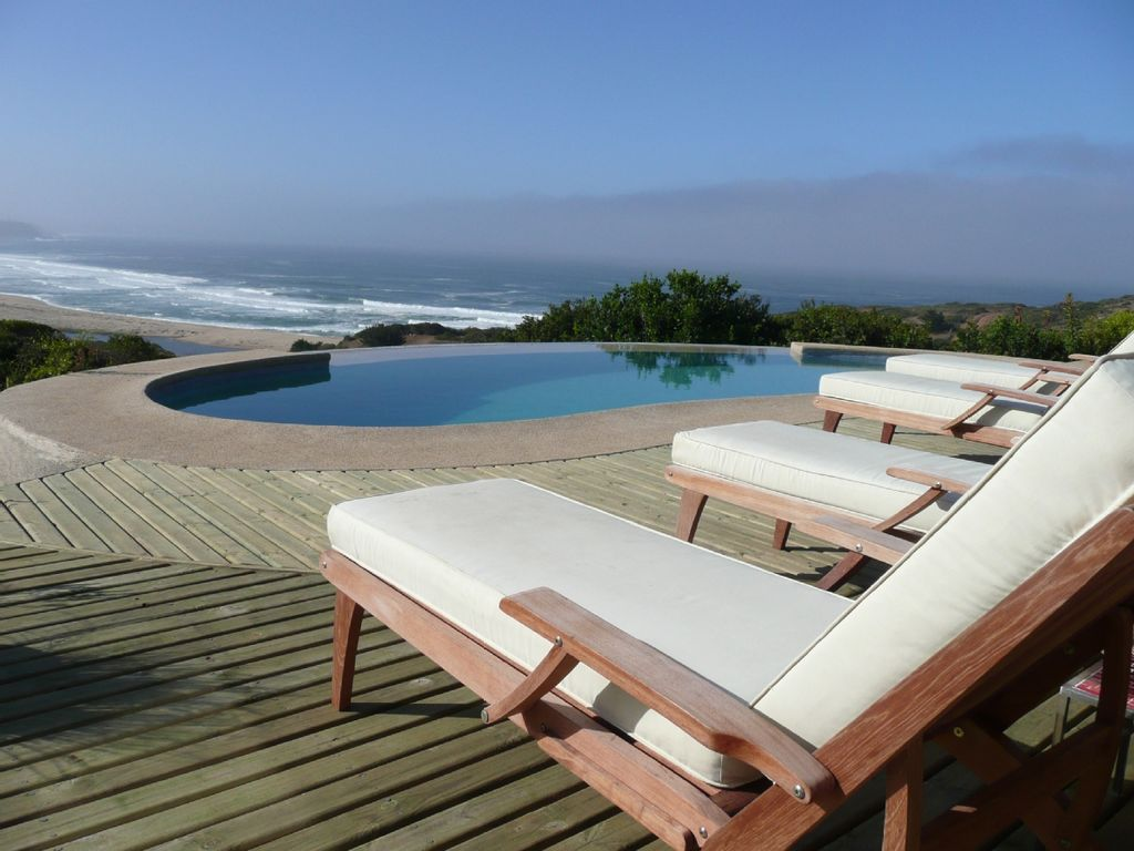 'THE ULTIMATE ESCAPE!  VILLA OCEANFRONT vu HGTV w / Pool, bain à remous 90mn SCL