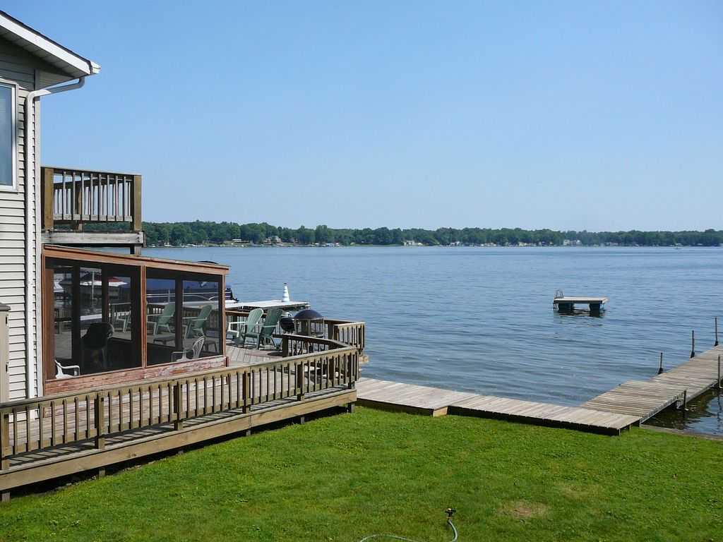 Indian Lake cottage on the water and adjace... - HomeAway