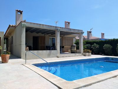 Photo for Villa for 9 people, with private pool, air conditioning, wifi internet