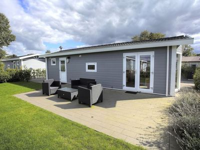 Photo for Vacation home DroomPark Bad Hoophuizen in Hulshorst - 4 persons, 2 bedrooms