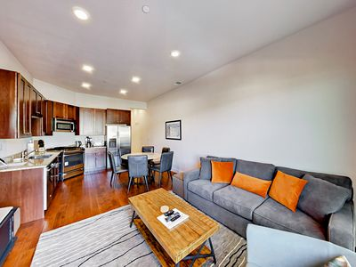 Photo for Newpark Terrace 2BR w/ Private Hot Tub & Mountain Views - Walk to  Dining