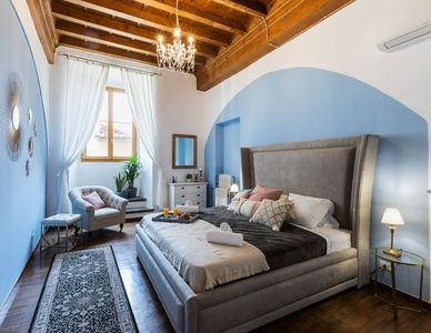 Photo for NEW - A Florence Palace - 4 bedroom apartment, AC