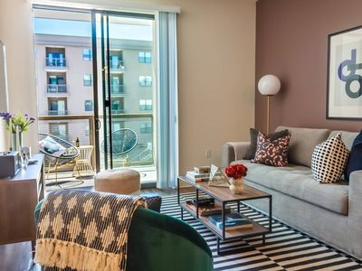 Photo for Luxe 1BR Condo in Downtown Area