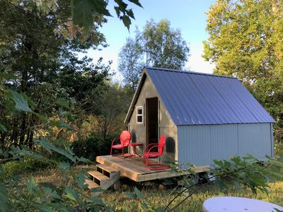 Social Distance in a Cozy Camp Cottage at Glamping St. Louis