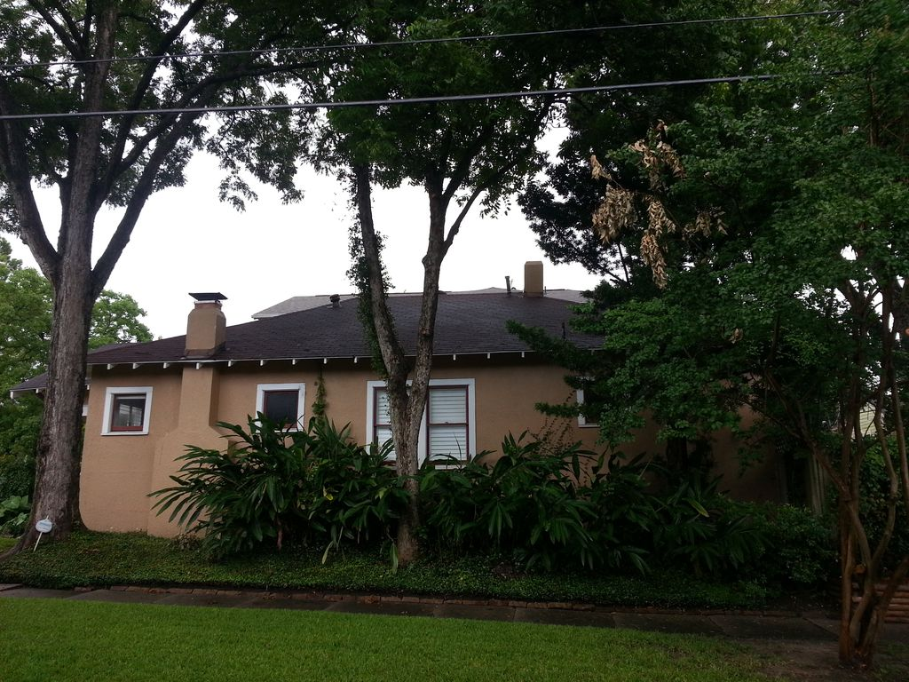 Minutes From Downtown Houston Charming Heights Bungalow