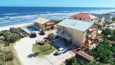 Photo for Peaceful Oceanfront Retreat