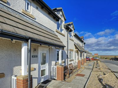 Photo for 2 bedroom House in Seahouses - CN135