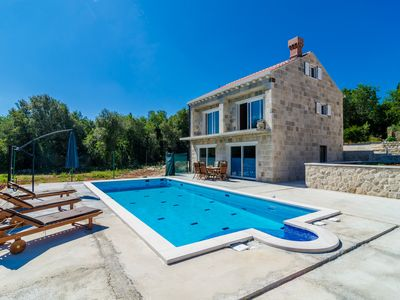Photo for Beautiful holiday Villa with big private swimming pool