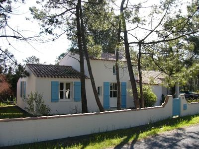 Photo for unspoilt beach, dunes, pine forest, golf and tranquility with comfort