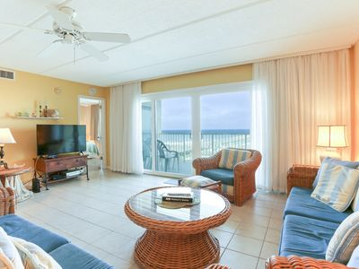 Photo for 3rd Floor 3 Bed/2 Bath Oceanfront condo sleeps 6.  W/D, pool, tennis and private fishing pier!