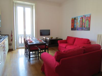 Photo for The home mom. central apartment for 2-5 people near Buenos Aires