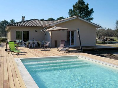 Photo for Vacation home Garthieu  in Hourtin, Aquitaine - 6 persons, 3 bedrooms