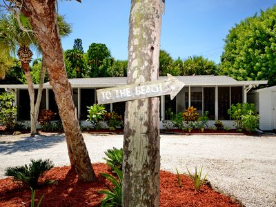 "Photo for ""Suits Us"" Cozy 2 Br / 1.5 Bath  Steps away from the Gulf of Mexico & Lemon Bay"