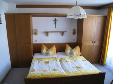 Search 285 holiday rentals