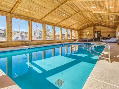 Photo for Cozy, ground floor ski lodging w/ shared pool and hot tub, & game room