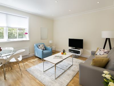 Photo for Stylish Two bedroom in peaceful West London