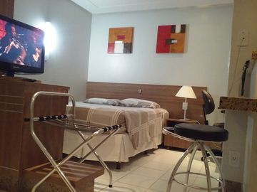 Flat with 27sqm, containing bedroom, living room, kitchen and balcony, pool, sauna and gym.
