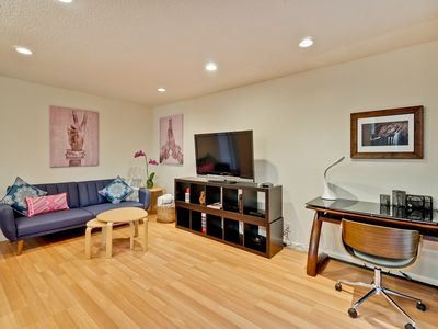 Photo for Chic Corporate condominium 5 min from downtown SJ