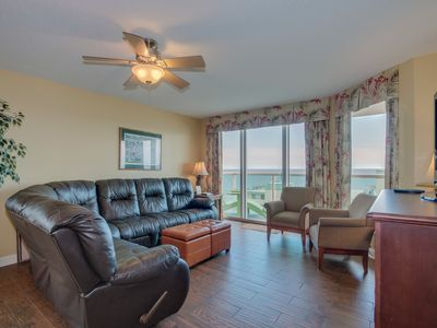 Photo for Luxury condo, across the street from the beach, wonderful ocean views