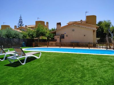Photo for Neus House Bara II, wifi, garden and swimming pool, 5 minutes from the beach.