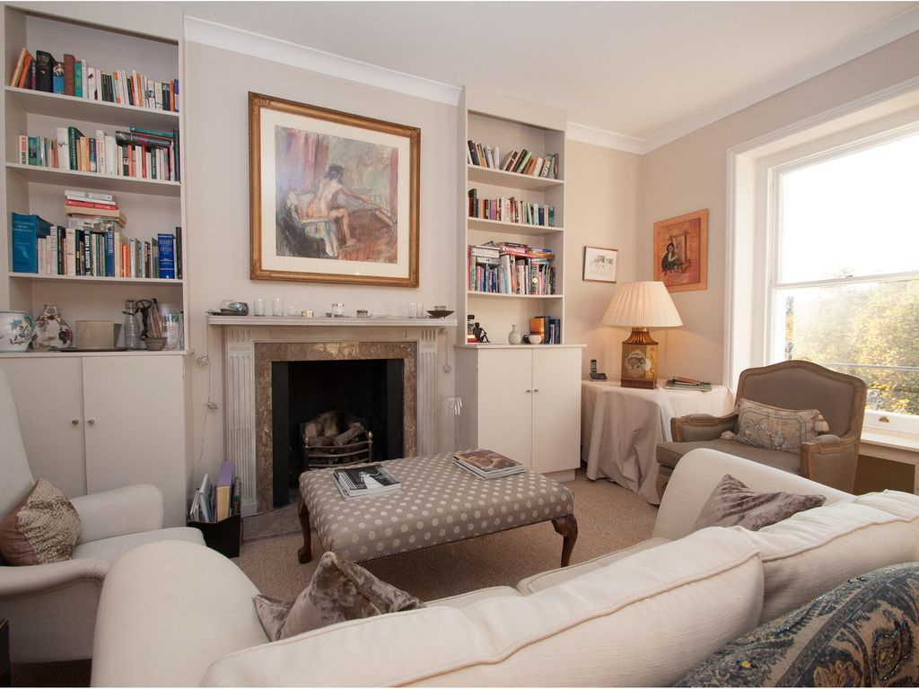 Boutique 1 Bed Apartment  Located In Desirable