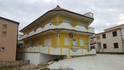 Photo for Apartment Vir for 4 people with 1 bedroom - Holiday