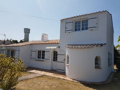 Photo for Rental House 11 People On The Island Of Noirmoutier 800m From The Beach