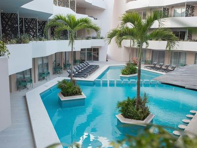 Photo for Amazing brand new furnished 1 bedroom apartment just 5 minutes from the beach