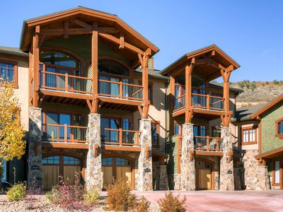 Photo for Luxury Canyons townhome w/ private hot tub, great view & shuttle access!