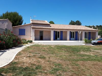 Photo for In Provence, between Istres and Martigues, comfort 20 minutes from the sea