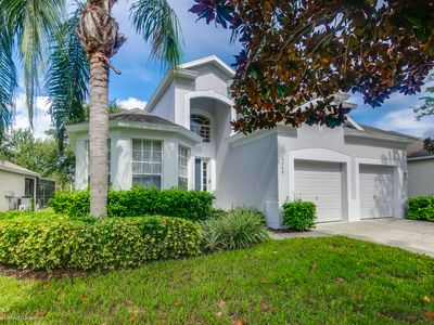 Photo for Luxury 5 BR/5 bath home with pool/spa in Windsor Hills – 5 minutes to Disney
