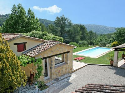 Photo for Delightful villa with heated private swimming pool, play area near golf course Terre Blanche
