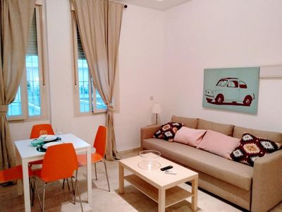 Photo for La Barqueta apartment in Macarena with air conditioning & lift.