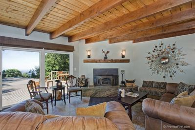 Living room with a view to the beauty of Palomar Mountain and trees, trees trees