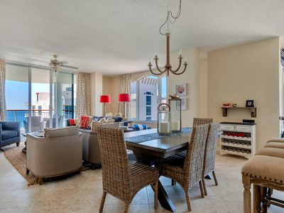 Photo for Enjoy your vacation in this stunning penthouse condo with views from every room
