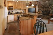 Newly Remodel 3 Bedroom Unit In The Town Of Dillon And Bike Path/Marina