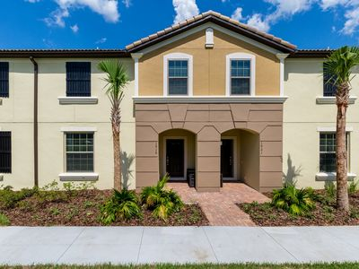 Photo for 4 Bedrooms Townhouse with Lazy River!
