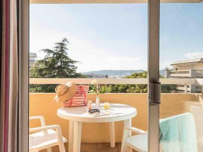 Photo for Résidence Pierre & Vacances La Rostagne *** - Air Conditioned 2-Room Apartment 6 People