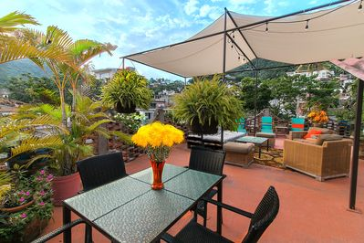 Private Rooftop Balcony, dining area, sun deck and grill