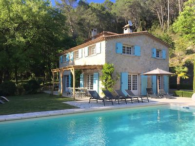 Photo for Rural villa for 8-10 people, with heated pool