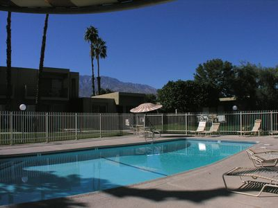 Photo for Cozy 1 bed,1 bath condo steps to Pool & Spa + Near golf course. Walk to Grocery, Restaurants & Shops