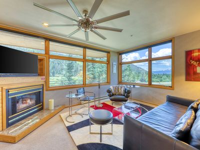 Photo for Budget-friendly condo w/ a balcony & ski views - walk to gondola