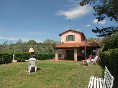 Photo for Comfortable villa near the sea for uo to 6 persons, animals welcomed, huge  gard
