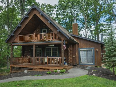 Photo for Conveniently Located Log Home with Hot Tub