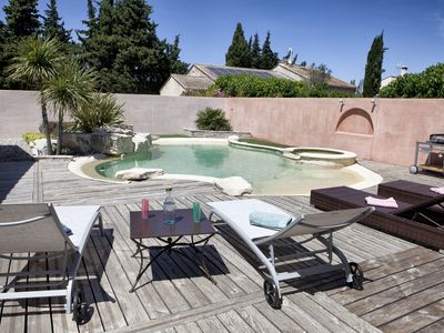 Photo for Charming house in the heart of Provence with private pool