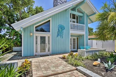 Plan your next Cape Canaveral vacation to this stunning vacation rental!