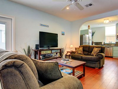 Photo for Royal Palm Retreat, Island home with 2 separate units and private patio area!