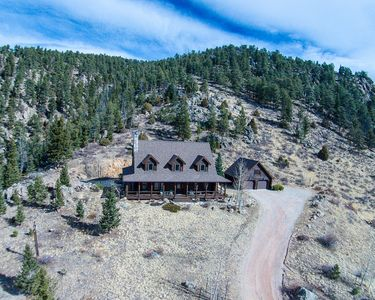 Photo for Log Home with magnificent views near Estes Park