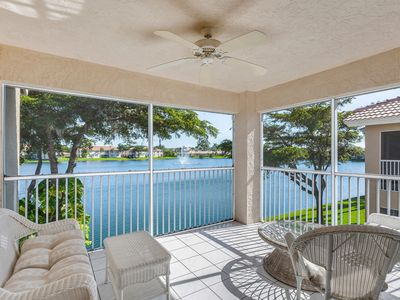 Photo for Comfortable Condo with balcony, wide lake views, fully equipped, 3 bedrooms