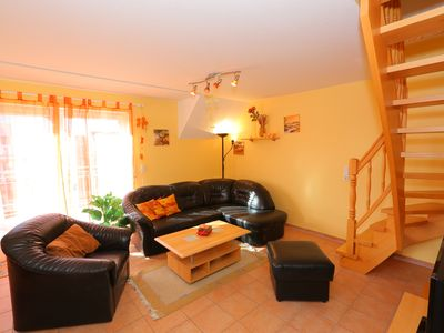 Photo for 3 room apartment in the 1. First floor, for 6 persons, center